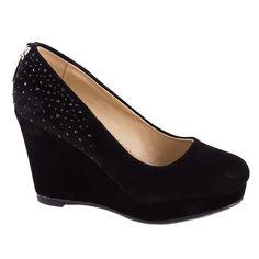 Pantofi cu platforma D77-NEGRU - Reducere 50% - Zibra.ro Wedges, Shoes, Fashion, Moda, Zapatos, Shoes Outlet, Fashion Styles, Shoe, Footwear
