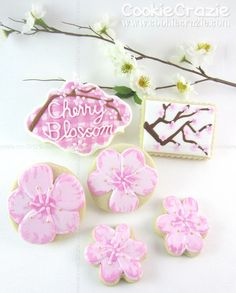 Not a tutorial just amazingly pretty cookie idea.... Cherry Blossoms