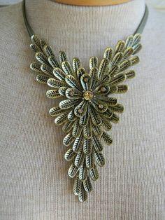 Boho Anthropologie Golden Bronze Feather Cluster V Choker Statement Necklace | eBay