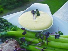 Absolut gelingsichere Sauce nach Art der Sauce Béarnaise, ein tolles Rezept aus der Kategorie Saucen. Bewertungen: 616. Durchschnitt: Ø 4,6.