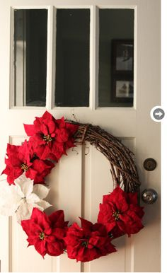 Poinsettia wreath - Style At Home