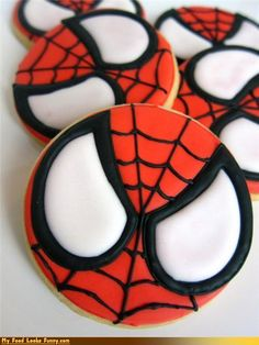 Come on now, who is THIS GOOD at cookie decorating?