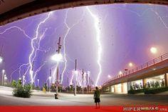 Hipernovas!: Chuva de raios! (96 imagens)