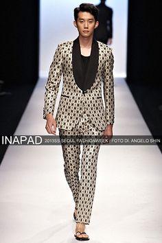 Yoon Jinwook at Kim Seo Ryeong S/S 2013 shot by Angelo Shin, Seoul Fashion Week South Korea Fashion, Seoul Fashion, Peplum Dress, Dresses, Style, Vestidos, Swag, Dress, Gown