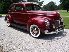 1940 Ford Deluxe Tudor Sedan Maintenance/restoration of old/vintage vehicles: the material for new cogs/casters/gears/pads could be cast polyamide which I (Cast polyamide) can produce. My contact: tatjana.alic@windowslive.com