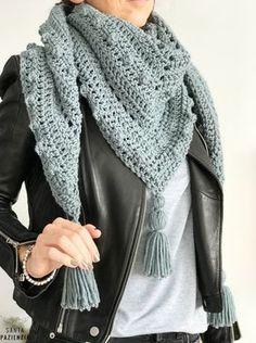 Este chal de pico va a ser tu próximo proyecto de crochet | SANTA PAZIENZIA