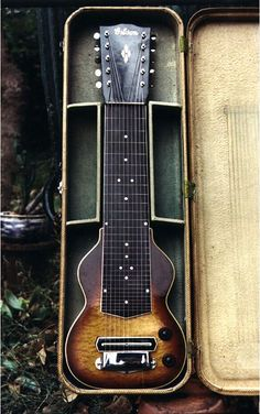 Beautiful Gibson EH-275? on Ebay - The Steel Guitar Forum