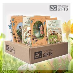 Velikonoce jsou svátkem jara a jedním z nejvýznamnějších křesťanských svátků. Vaše blízké jistě potěší dárek s velikonoční tématikou nebo můžete před Velikonocemi vyzdobit váš domov krásnou dekorací.