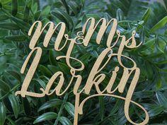 Personalized MR&MRS Wedding Cake Topper, Wedding Cake Decor, Anniversary - Bridal Shower - Wedding Gift
