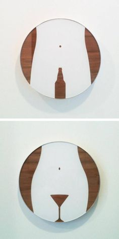 Таблички на туалет в баре.