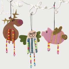 Engel, rensdyr og gris i mosgummi med lemmer af elastiksnor og rørperler