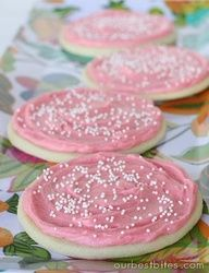 THE BEST SUGAR COOKIE RECIPE. Must try.