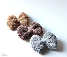 Réalisés au tricotin, ces noeuds sont très faciles à faire, je vous dis…