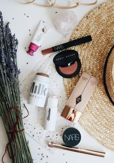 Product Photography, Makeup Products, Skincare, Good Things, Cream, Beauty, Beleza, Custard, Skincare Routine
