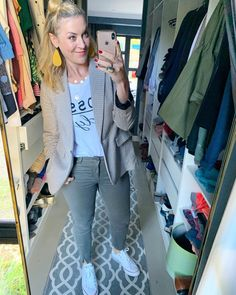 Blazer, sneakers combination/ #whitesneakers #green #beautiful #aesthetic #littlebitofyellow #imageconsultant #personalstylist #confidenceiskey Post Pregnancy Clothes, Pre Pregnancy, Pregnancy Outfits, Personal Stylist, White Sneakers, Blazer, Formal, Board, Casual
