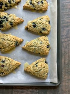 Blue Cornmeal, Cornmeal Recipes, Blueberry Scones, Frozen Blueberries, Baking Soda, Breads, Muffins, Cooking Recipes, Vegetarian