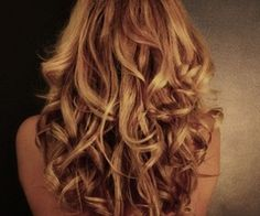PERFECT loose curls. My hair will never in a million year do this
