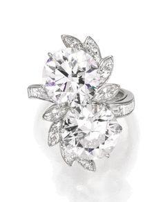 Jewelry Diamond : Image Description A Platinum and Diamond Ring, Van Cleef & Arpels, New York, 1963 Diamond Jewelry, Jewelry Rings, Jewelery, Fine Jewelry, Geek Jewelry, Diamond Pendant, Diamond Rings, Or Antique, Antique Jewelry