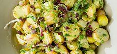 Bilde av mikset potetsalat, sennep