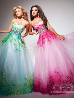 bc346245df6 Matching prom dresses for you and your best friend! Tony B