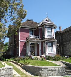 Charmed    This Victorian style home was the location for filming the TV show Charmed
