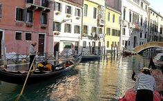 Bon plan Venise : conseil et astuce Destination Voyage, Bons Plans, Week End, Travel Advice, Venice, Destinations, Budget, Boat, Italy