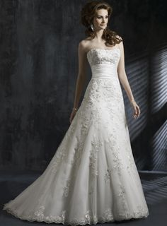 Train A-line Strapless Ruffles Appliques Wedding Dress