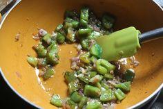 Pavlova red and green - Healthy Food Mom Prawns Roast, Prawns Fry, Chilli Prawns, Spicy Prawns, Grilled Prawns, Prawn Fried Rice, Green Chilli Sauce, Prawn Masala, Manchurian Recipe