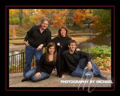 Outdoor Family Photography Poses | ... -family-photography-naperville-riverwalk-outdoor-photography.jpg