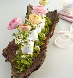 Decor Crafts, Wood Crafts, Spring Decoration, Easter Table Decorations, Garden Decorations, Easter Decor, Easter Ideas, Deco Floral, Wedding Crafts