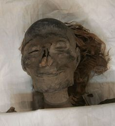 Queen Hatshepsut: egypt she looks so relaxed...she's been found!