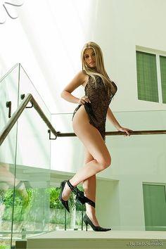 Poliana Ampessan - Fotos - Modelos - Bella da Semana