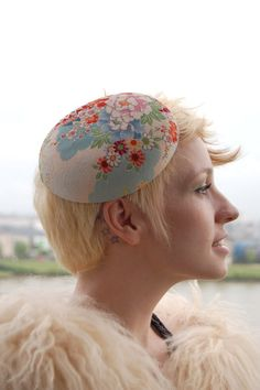 vintage pillbox hats! --for some reason this reminded me of you, @Ashley Harpham. Maybe its the haircut. :)