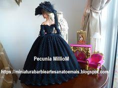 Vestido de Época em Crochê Para Boneca Barbie - Sra. Inglesa do Séc. XVIII Por Pecunia MillioM 2