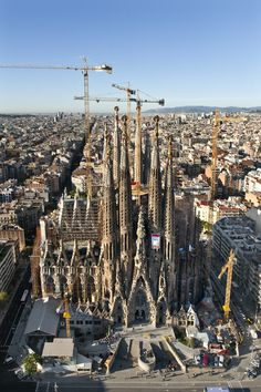 The Nativity Facade © Expiatory Temple of the Sagrada Família