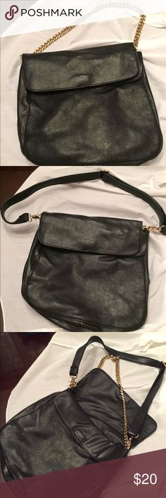 Pleather Shoulder Bag Great for work-happy hr. Cute bag with changeable straps Bags Shoulder Bags