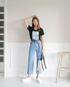 Korean Fashion Trends you can Steal – Designer Fashion Tips Korean Fashion Summer, Korean Fashion Trends, Korea Fashion, Asian Fashion, Korean Summer, New Fashion Clothes, Kpop Fashion Outfits, Korean Outfits, Teen Fashion