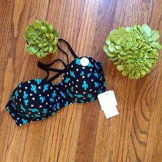 Cactus bikini top New with tag's cactus bikini top• size 32B✨ The brand is CottonOn American Apparel Swim Bikinis