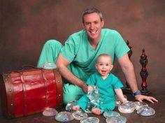 Wenn dein Vater besonders stolz auf seinen Beruf ist und unbedingt will, dass du das gleiche machst: In diesem Fall: plastische Chirurgie. | unfassbar.es