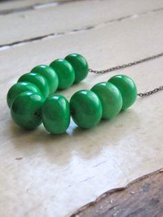 vintage bead necklace. kelly green vintage enameled by whoop, $20.00