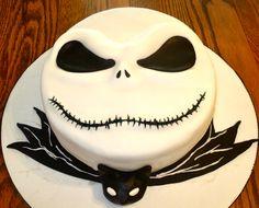 Jack Skelington Cake #nightmarebeforechristmas #littlesweetiescupcakes