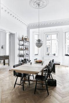 A 19th-century apartment in Gothenburg, Sweden, is reborn vi aDwell Magazine