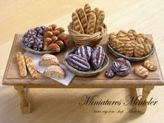 Miniature Dollhouse Bakery Table Display by Minicler on Etsy, €45.00