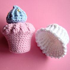Amigurumi Cupcake by Amiguria