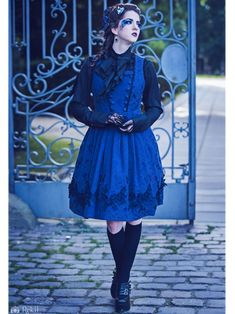 ✨🌺🐹   Lyriel Aloisia von Lichtenwalde さん 🐰🌺✨ https://aliceholic.com/posts/9295  View more 『Gothic Lolita』💕📷✨ https://aliceholic.com/tags/gothic-lolita  🎀The image is posted with approval of the author 🐹🎶