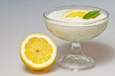 Mousse light al limone Coconut Mousse, Lemon Coconut, Coconut Milk, Stevia, Gelatine, Cold Desserts, Paleo Dessert, Healthy Sweets, Frisk