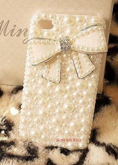 Hey, I found this really awesome Etsy listing at http://www.etsy.com/listing/161046329/white-cream-pearl-iphone-5-case-cute