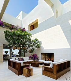 Inside Cindy Crawford and George Clooney's Shared Mexican Compound