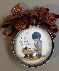 Christmas tree ornament of the Little Drummer Boy playing his drum music for the… Christmas Tea, 12 Days Of Christmas, Vintage Christmas, Christmas Holidays, Christmas Crafts, Easy Christmas Decorations, Christmas Tree Ornaments, Paper Ornaments, Nativity Crafts