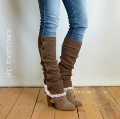 Grace and Lace Miss Molly - Lt. Brown Soft Slouchy Button Down Leg Warmers Ivory Knit Lace legwarmers boot socks boot warmers (item Boot Cuffs, Boot Socks, Diy Fashion, Ideias Fashion, Womens Fashion, Botas Boho, Boots With Leg Warmers, Lace Knitting, Knit Lace
